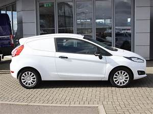 Ford Fiesta Tdci : used 2016 ford fiesta van 1 5 tdci trend 75ps for sale in hertfordshire pistonheads ~ Melissatoandfro.com Idées de Décoration