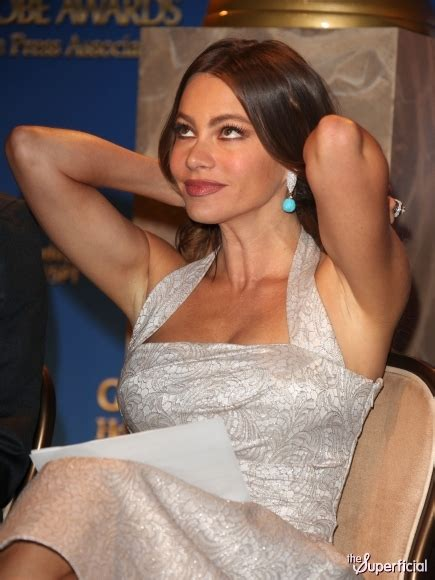 sofia vergara vk celebrities cleavage pics hot sof 237 a vergara cleavage