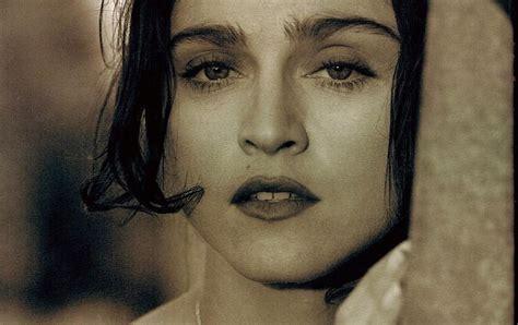 Pud Whackers Madonna Scrapbook Bella Ragazza