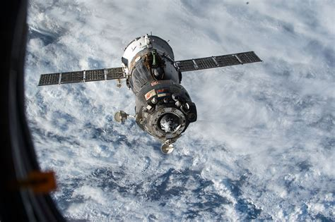 Soyuz TMA-15M - Wikipedia