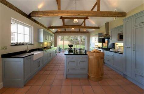 country farmhouse kitchen country farmhouse decor lovetoknow 2708