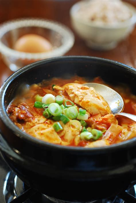 soft tofu recipes kimchi soondubu jjigae soft tofu stew korean bapsang