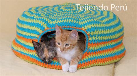 cama  gatos  crochet cat bed tejiendo peru
