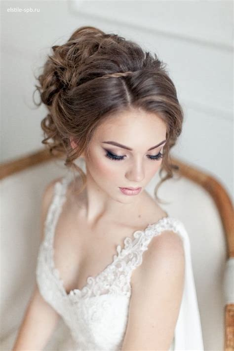wedding makeup and wedding updo hairstyle deer