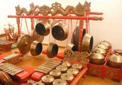 Alat musik ini berasal dari kalimantan tengah. Gambar Alat Musik Tradisional Dari Jawa Timur - AR Production