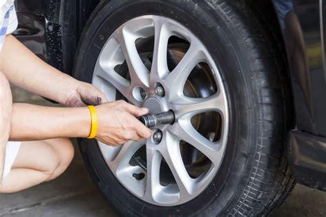 safe  drive   missing lug nut yourmechanic