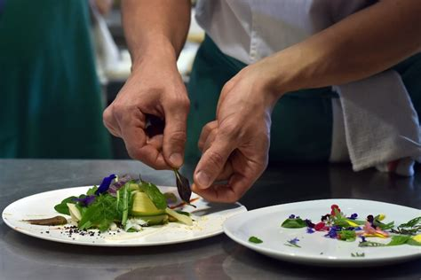 l ecole de cuisine de gratuit orléans pôle emploi organise un concours culinaire pour