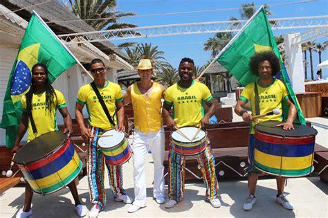 batucada brasilena brasil tradicional show