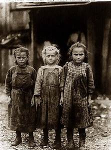 Child labor... oyster shuckers, Port Royal SC early 1900s ...