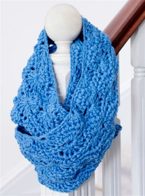 infinity scarf crochet pattern allfreeholidaycraftscom