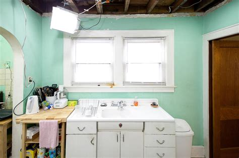 country cousins kitchens 10 qualities to look for in a flip property hgtv 2701