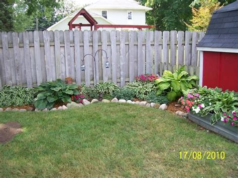 inexpensive backyard landscaping inexpensive backyard ideas cheap backyard landscaping ideas 2 pictures photos images