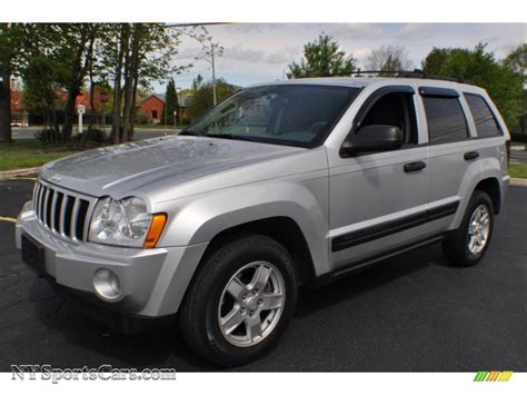jeep laredo 2005 jeep grand cherokee laredo 4x4 in bright silver