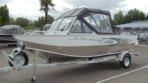 Hewes Boat Dealers Oregon by Hewescraft 18 Pro V Boats For Sale