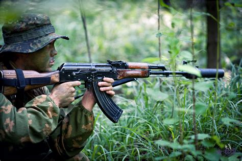 AK Wars – Stamped vs Milled!