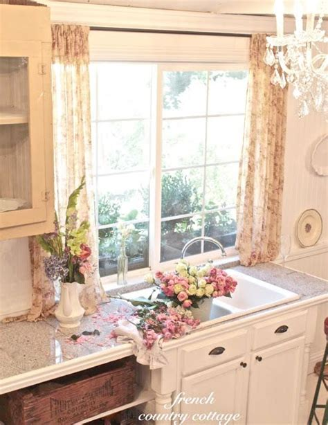 17 Best Ideas About French Cottage Kitchens On Pinterest