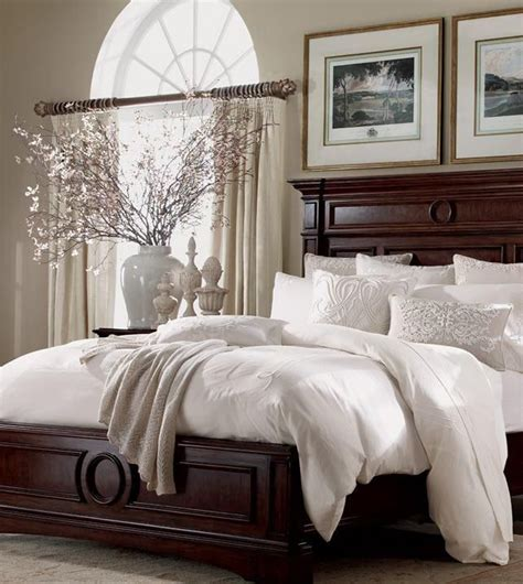 Bedroom Accessories by 10 Tips On How To Create A Sophisticated Bedroom Decoholic