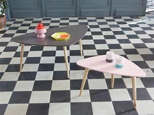 Table Basse Forme Galet : une vague pastel envahit nos int rieurs ~ Teatrodelosmanantiales.com Idées de Décoration