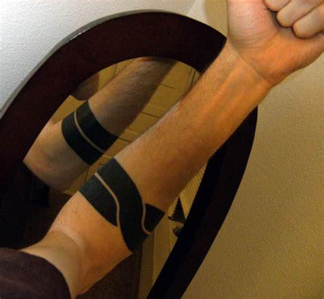 tatouage cercle bras s 233 lection tatouage cercle autour du bras justeuntattoo