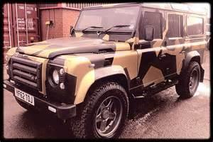 Camo Land Rover Defender 110