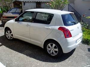 Suzuki Swift Coffre : essai suzuki swift iii 1 3 l 92 ch passion automobile info ~ Melissatoandfro.com Idées de Décoration