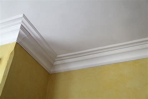 crown molding our bedroom part 2 the closets stately kitsch
