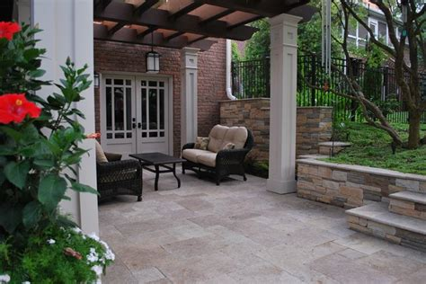 travertine patio backyard