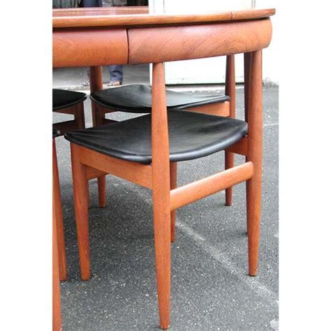 nesting chairs and dining table at 1stdibs