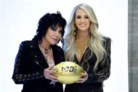 preview carrie underwoods sunday night football open