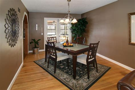 dining table rug easy to clean dining room rug placement area rug ideas