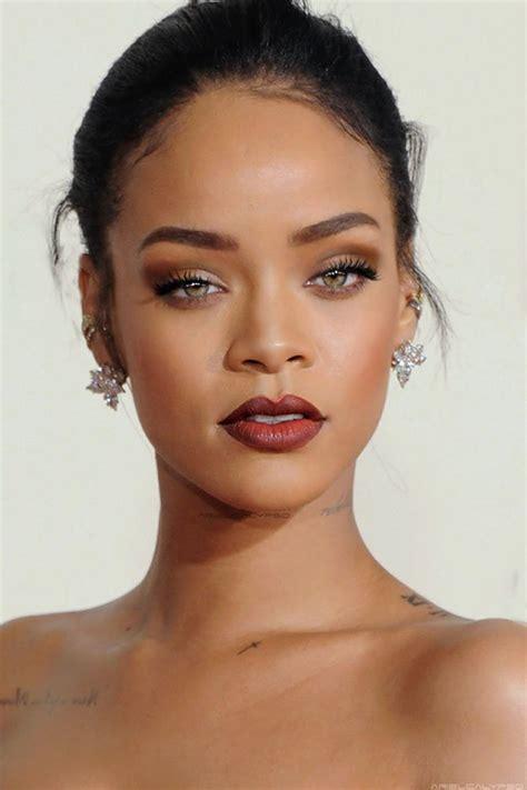 10 Reasons Rihanna's Makeup Line Can't Come Sooner