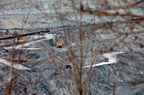city  russia unable  kick asbestos habit nytimescom