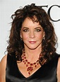 Stockard Channing shrugs off pain to hit the stage ...