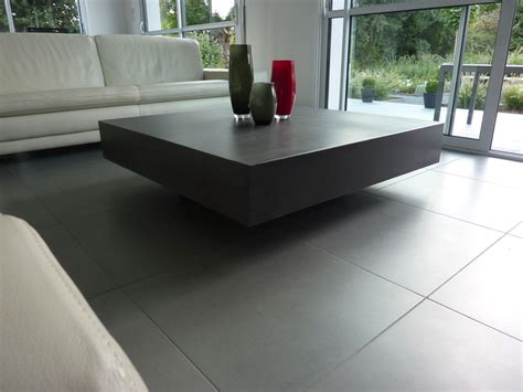 table de salon en beton cire table basse design en b 233 ton h 233 lium table design en b 233 ton cir 233