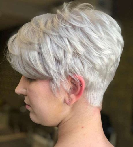 Ideas for all hair types and style preferences are here to here you can see how a customized long pixie cut for fine hair takes the texture to the next level. 100 Mind-Blowing Short Hairstyles for Fine Hair in 2020 ...