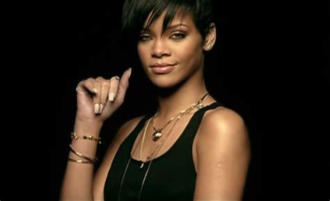Rihanna Take A Bow Haircut