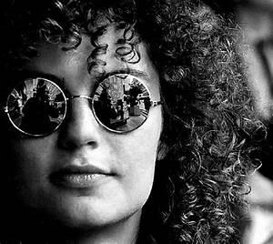 60 Cool & Creative Self-Portrait Photography Ideas ...