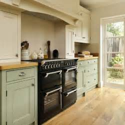range cooker step inside this traditional muted green kitchen housetohome co uk