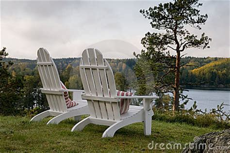 Amerikanische Veranda Stühle by Adirondack Chairs Royalty Free Stock Images Image 7051089