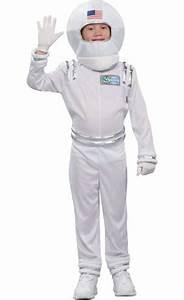 Astronaut Helmet 9in x 9in - Party City