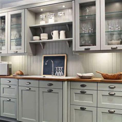 modele cuisine blanc laqué le nouveau charme des cuisines familiales côté maison