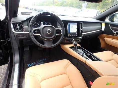 Amber Interior 2018 Volvo V90 Cross Country T5 Awd Photo
