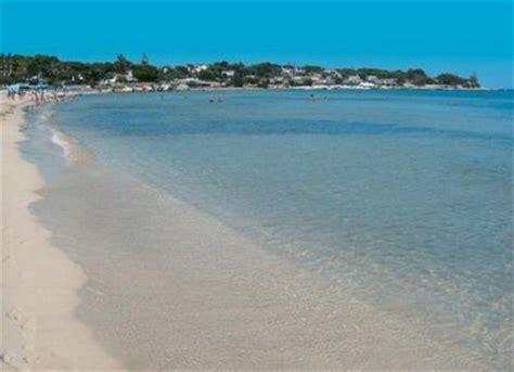 si e automobile spiaggia gallina di avola qspiagge