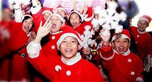 Christmas In China: How Chinese People Celebrating The