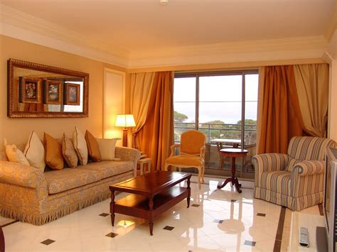 Unique Orange Living Room Ideas For Sweet Home
