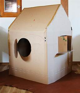 Haus Aus Pappe Basteln : kinderhaus aus pappe diy ideen auf spielh uschen aus karton haus aus pappe ~ A.2002-acura-tl-radio.info Haus und Dekorationen