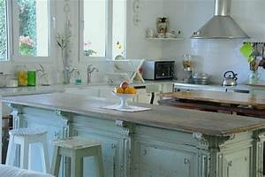 "Are ""Closed Kitchens"" Making a Comeback? - Hooked on Houses"