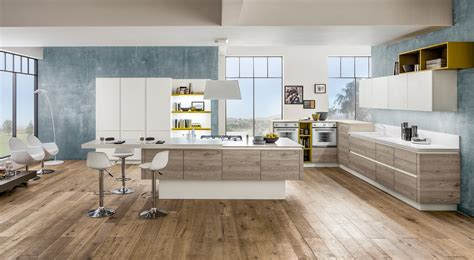 mensole cucina legno cucine con elementi colorati mensole vani a giorno