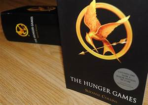 The Hunger Games (Book 1 of 3)