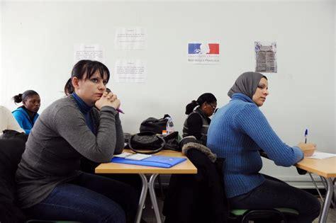 bureau de l immigration comment les migrants perçoivent leur intégration la croix